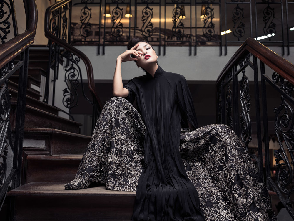 """Yaly Couture New Collection with Famous Vietnamese model """"Cha Mi"""""""