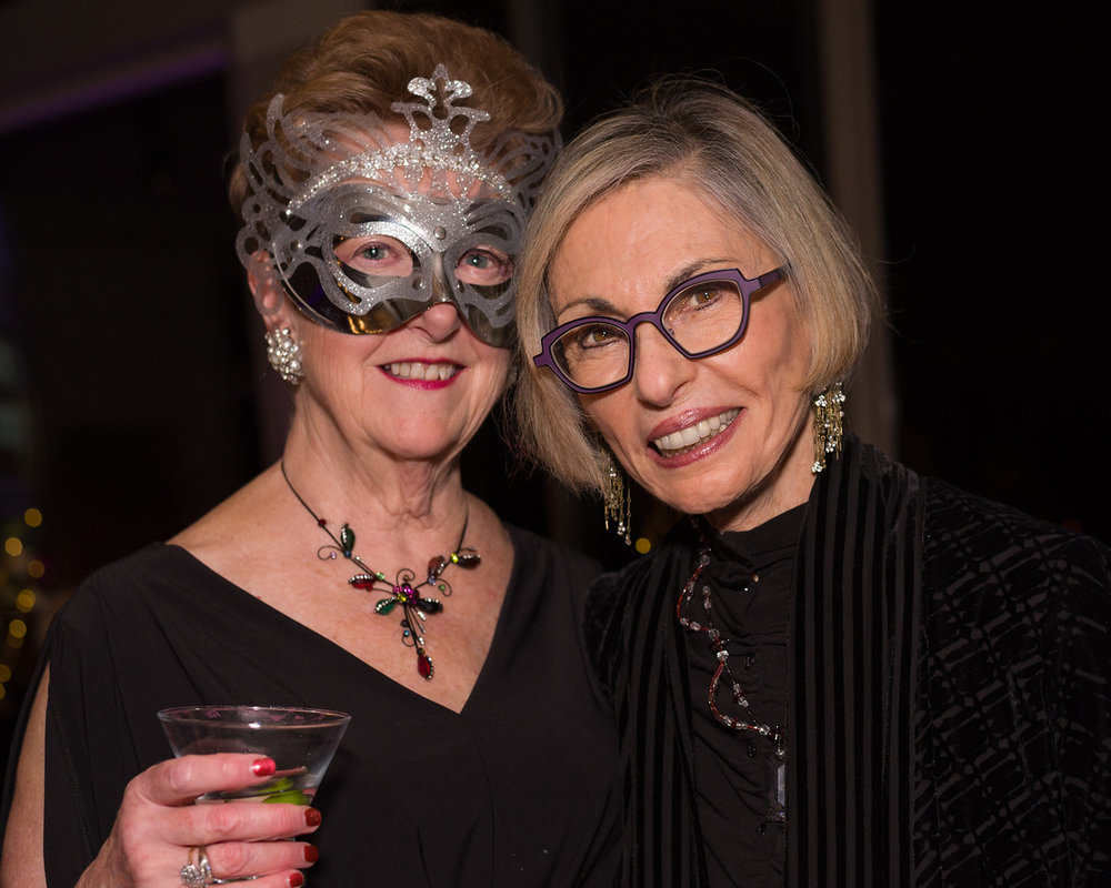 Starry Night Option 3- MarilynDearsley (L) with Leatrice Eiseman.jpg