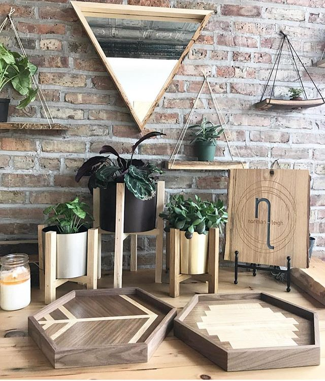 Good. Wood. 🌳 @normanleigh is handcrafted for your home! #hearmeroar #makersgonnamake