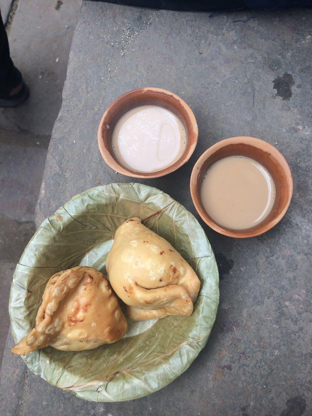 Samosa and chai break in Varanasi. Note: packaging made from natural materials