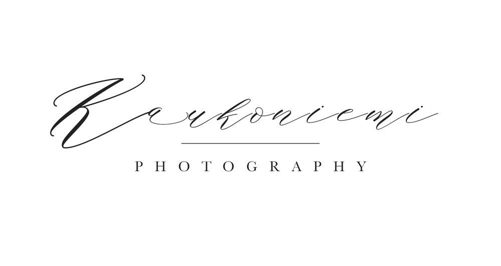 Toteutimme kokonaan uusien verkkosivujen kehitysprojektin Kaukoniemi Photographyn kanssa. Erityinen painopiste oli galleriat ja minimalistinen tyylikkyys.