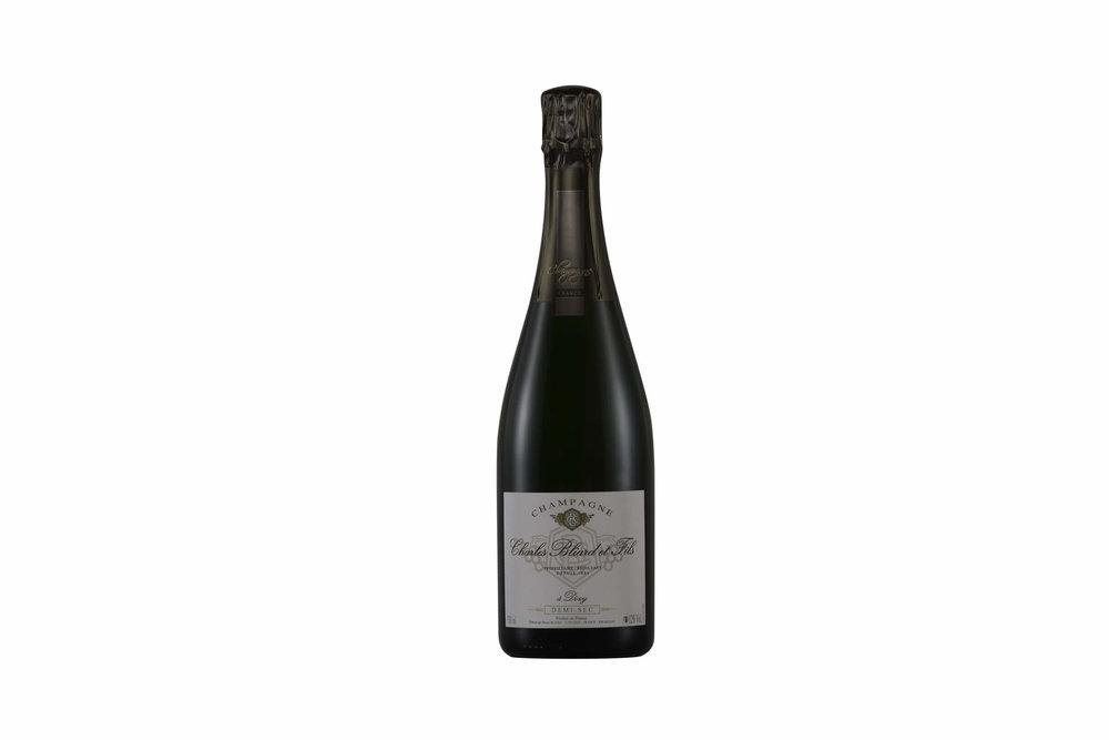 Packshot Champagne Tristan Meunier