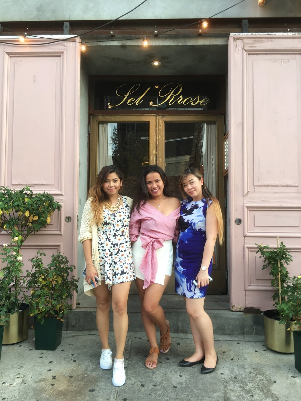 Dinner at Seamore's with my Blogger babes (Dyann and Fiona!)