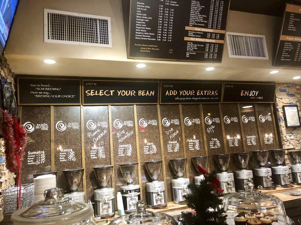 Pasion del Cielo coffee options