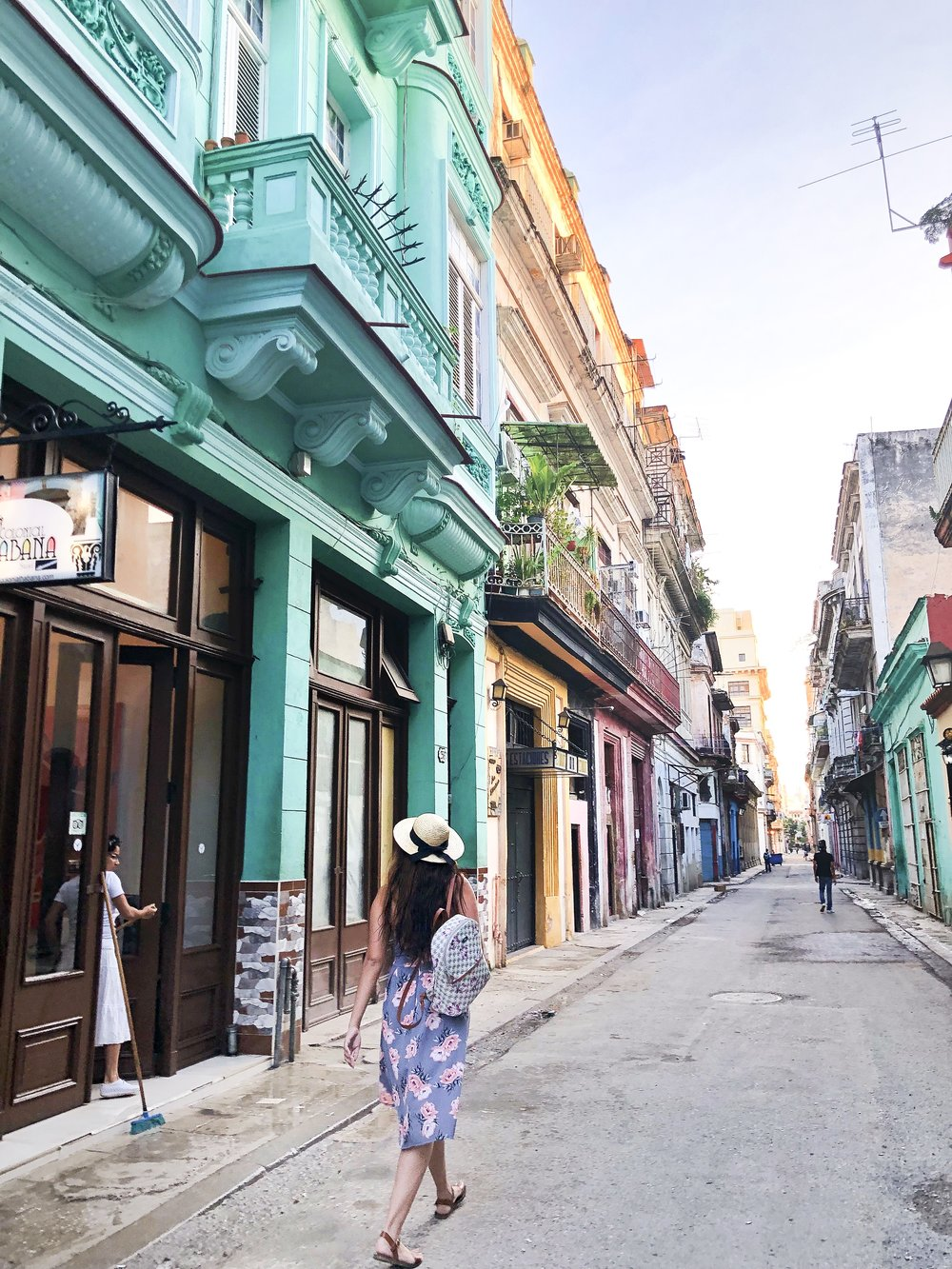 Calm, safe and beautiful streets of  Habana Vieja
