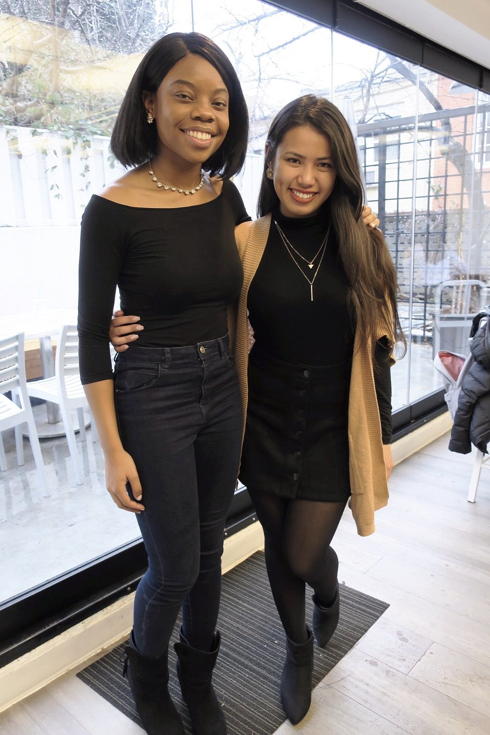 Simone and I traveled through so many places in Europe together and she's also one of my favorite people to travel with because  i  t's better when you have   someone who loves to shop and take their time getting ready as much as you do. (Georgetown, Washington D.C.)