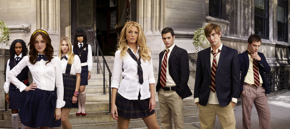 gossip-girl-season-1-cast-promo-hi-res-gossip-girl-1572295-2560-1144.jpg