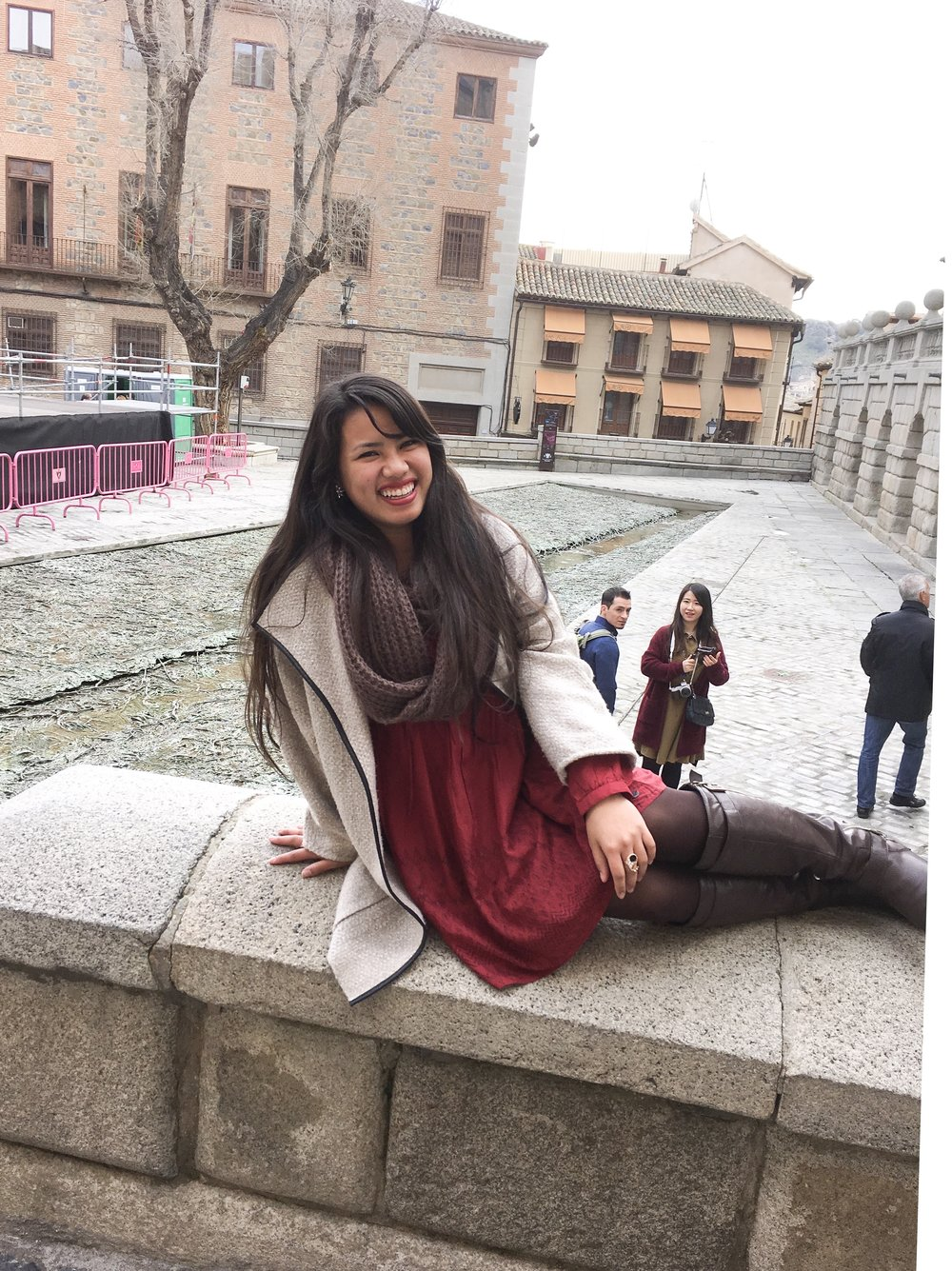 A scarf, tights and a coat over any outfit was basically my uniform in Spain
