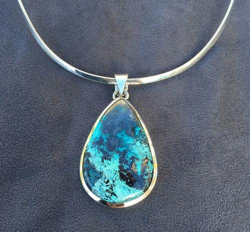 Blue azurite pendant brina becs blue azurite pendant mozeypictures Images