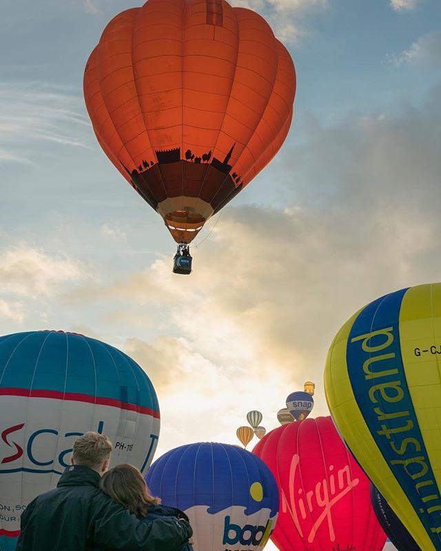 Friday Morning balloon launch #bristol #bristolballoonfiesta