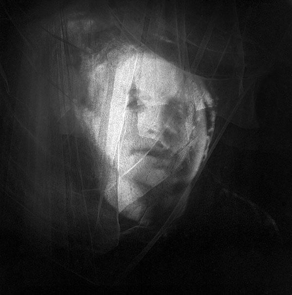 11 10 15006 ghostly.jpg