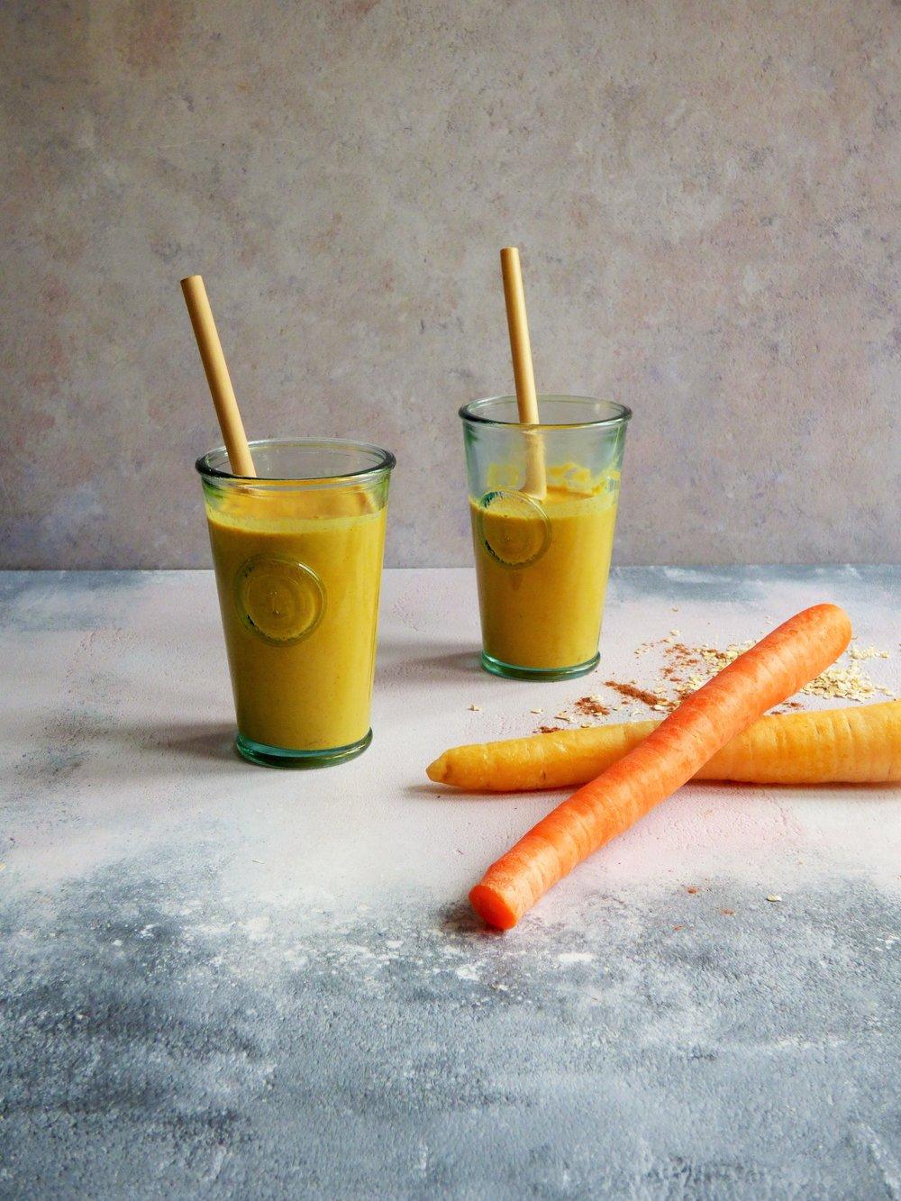 carrot cake smoothie3.JPG