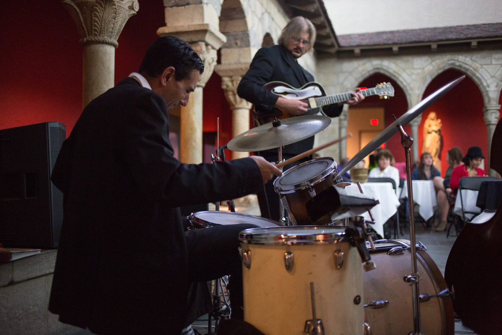Zac Kreuz and Jason Quick performing at The Cloister in Toledo Museum of Art.  Photo by Courtney Fillion Photography