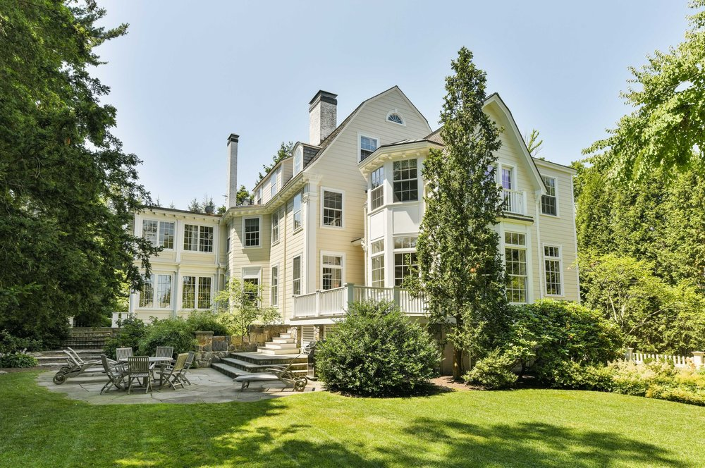 340 Hammond St, Chestnut Hill