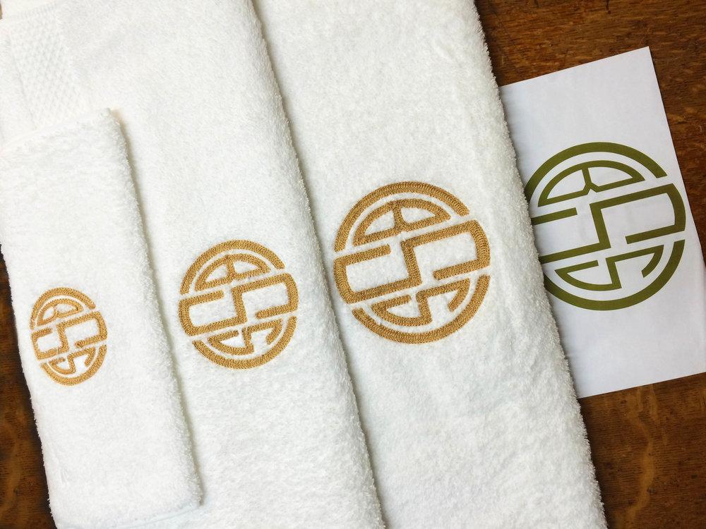 Brooklyn-Chain-Stitch-Monogram-Services-BSS-round-monogram.jpg
