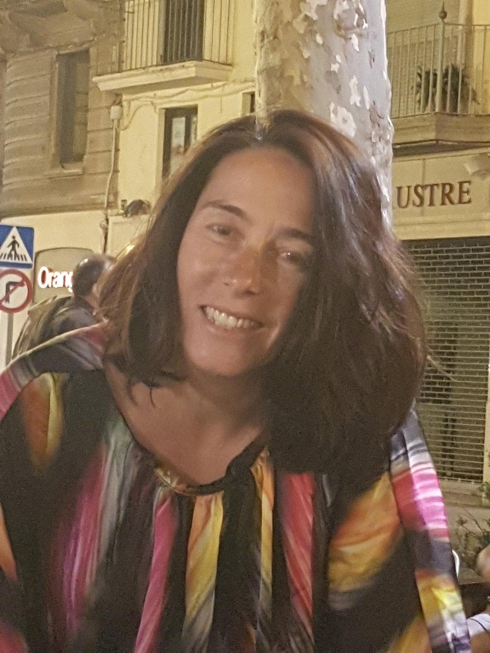 Dr. Isabelle Landreau