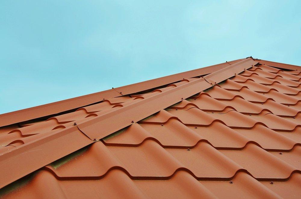 roof-2587752_1280.jpg