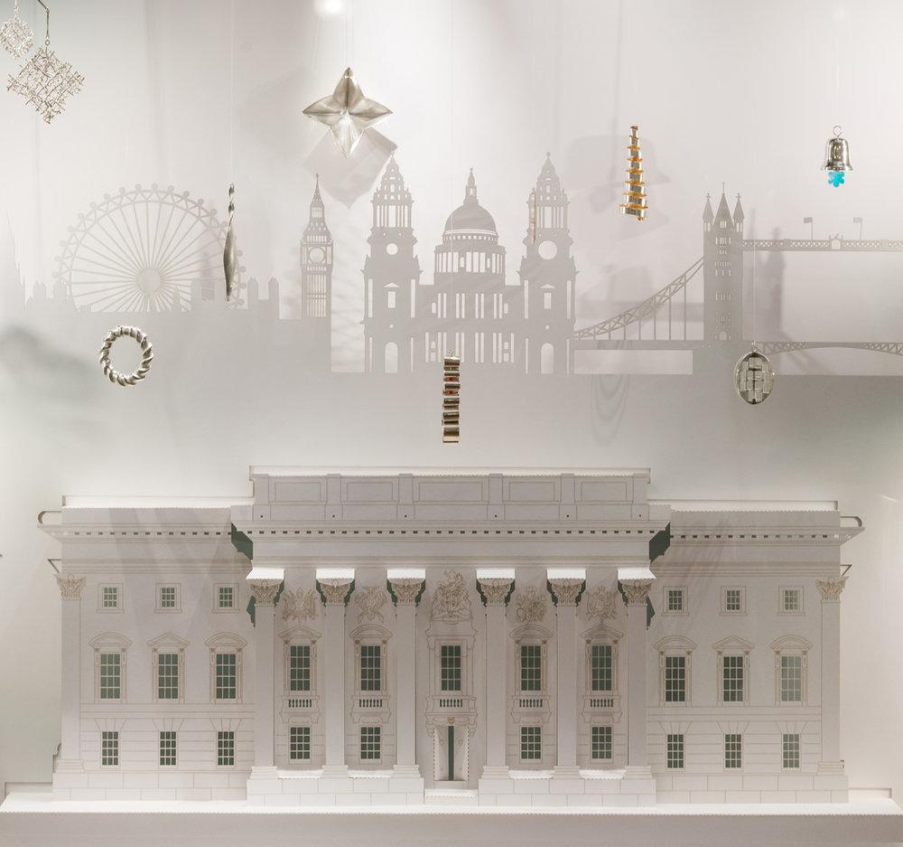 Goldsmiths - 2016 Christmas window display at Goldsmiths' Hall