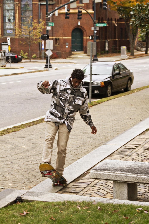 111614-StreetSkaters-09.jpg