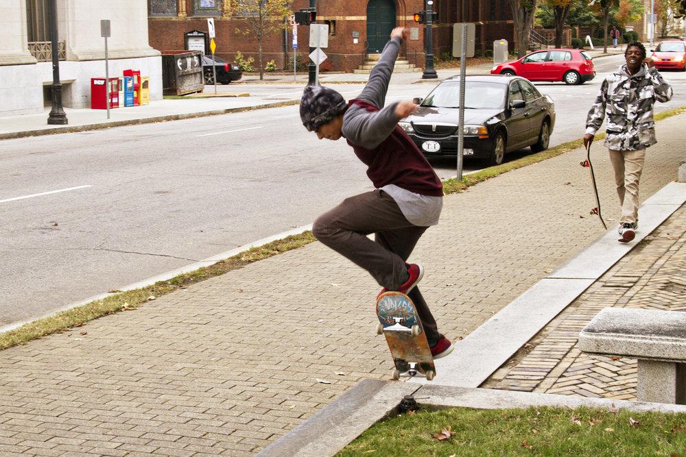 111614-StreetSkaters-13.jpg