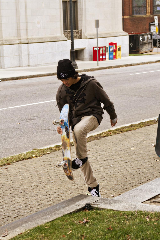 111614-StreetSkaters-14.jpg