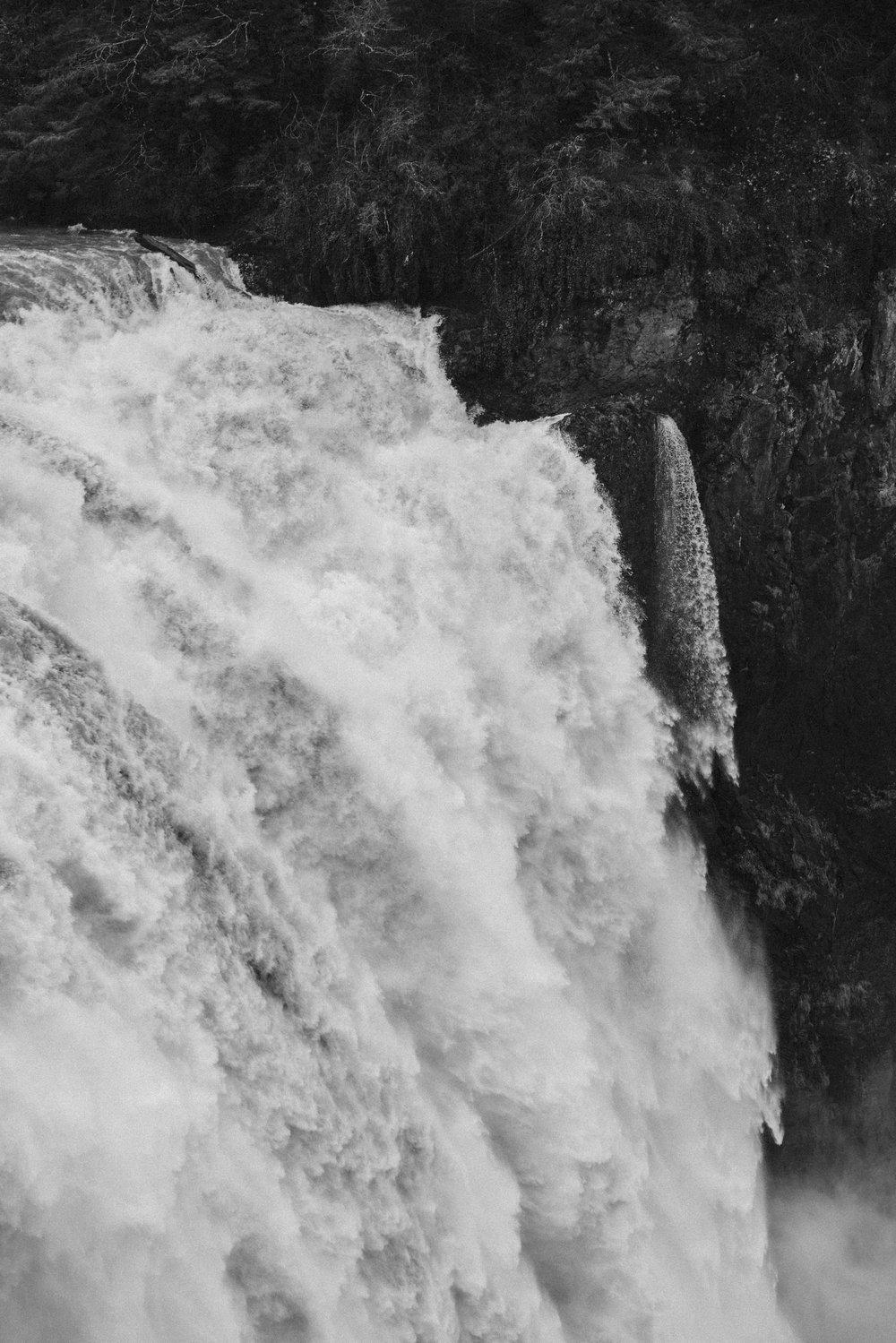 Snoqualmie Falls, WA USA