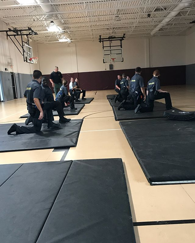 Cpl. Cliff Williams came out to the Explorer Ride Along Academy to teach the Explorers some basic DT (defensive tactics) during this photo Cpl. Williams is showing a few pressure points that are taught in the Law Enforcement academy. #pascoproud #pascoexplorerpost916  @pascosheriffsoffice