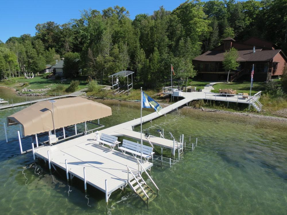 Docks & Lifts -