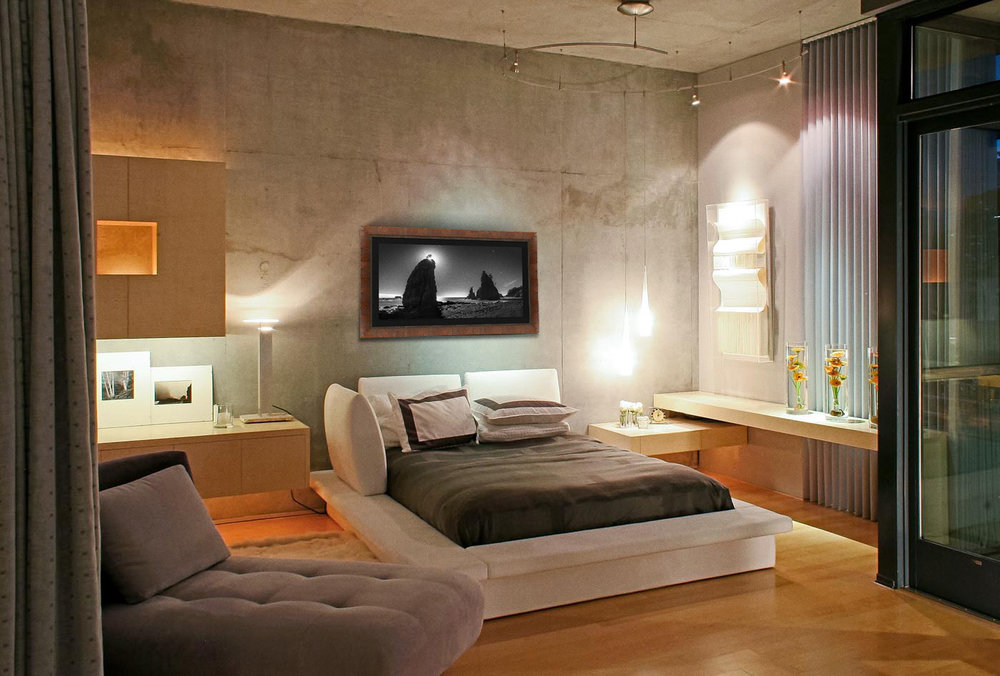 Halo-in-room-III.jpg