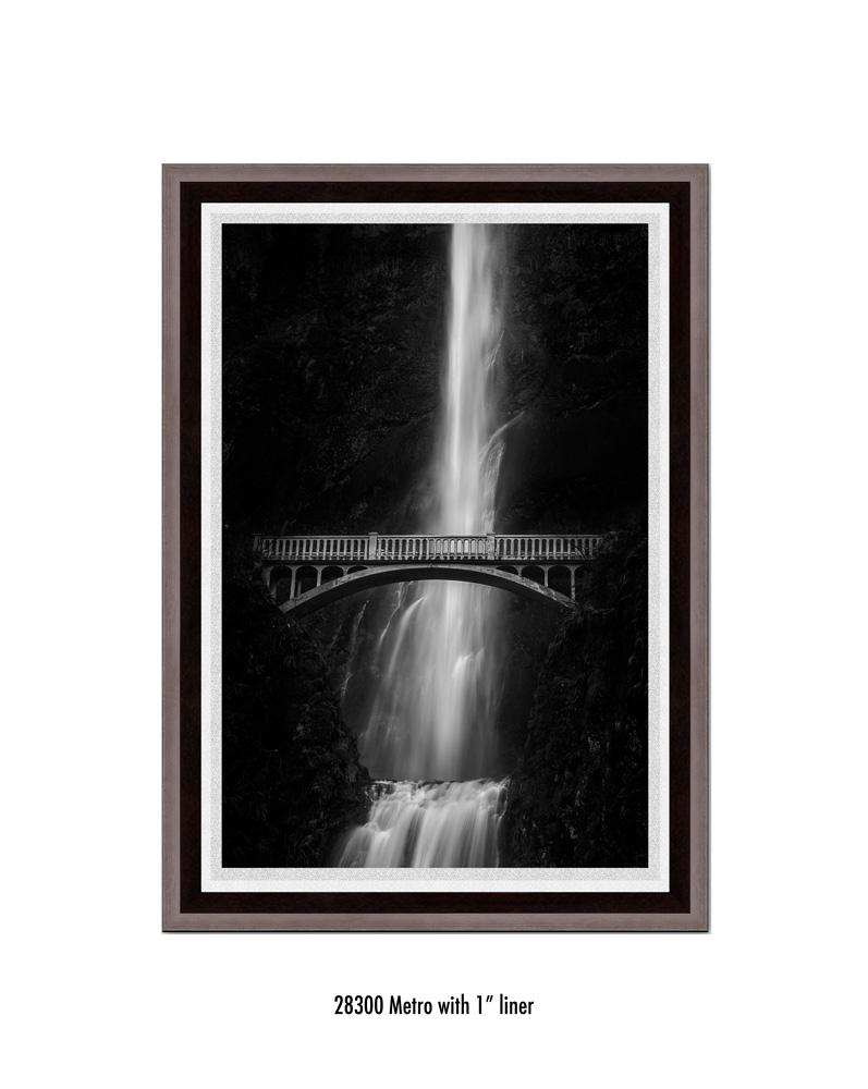 multnomah-falls-28300-1-wht.jpg
