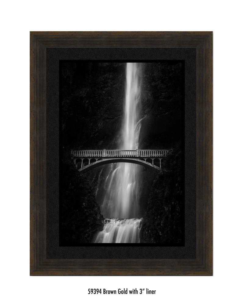 multnomah-falls-59394-3-blk.jpg