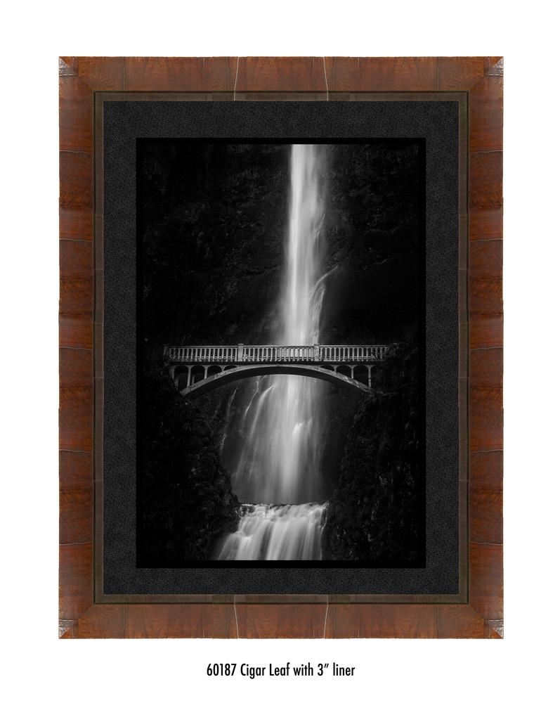 multnomah-falls-60187-3-blk.jpg