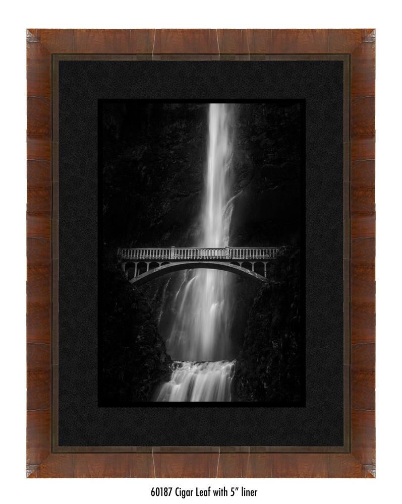 multnomah-falls-60187-5-blk.jpg