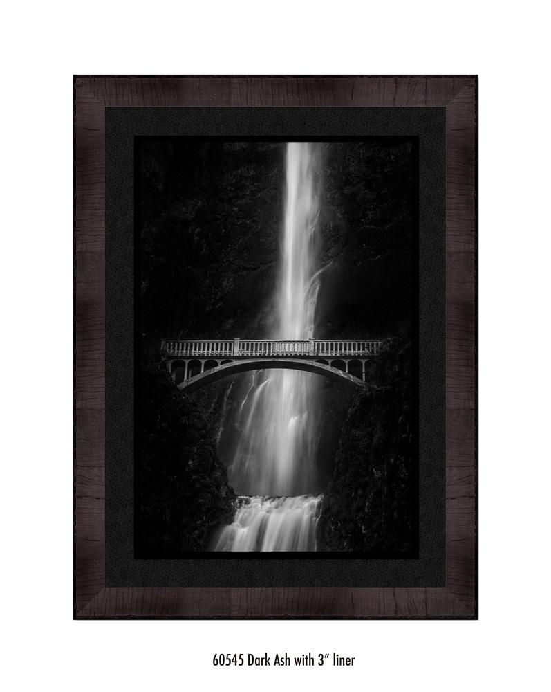 multnomah-falls-60545-3-blk.jpg