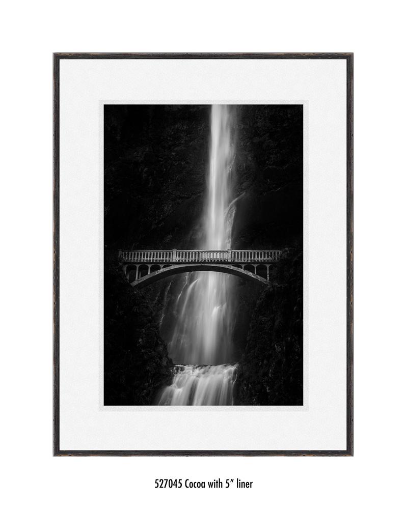 multnomah-falls-527045-5-wht.jpg