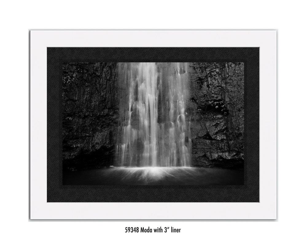 Manoa-Falls-59348-3-blk.jpg