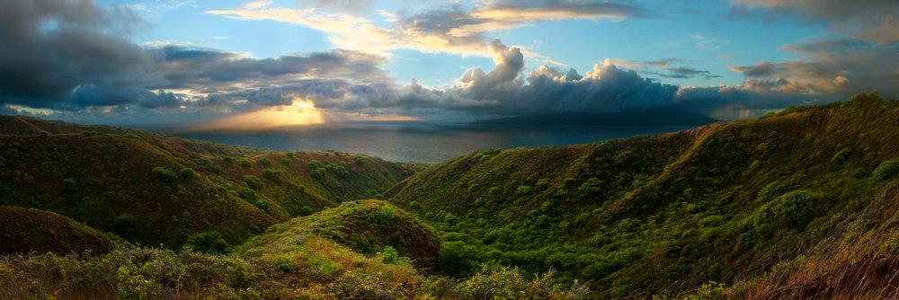 Molokai Panorama.jpg