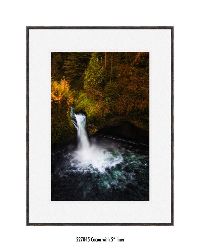 Punchbowl-falls-527045-5-wht.jpg