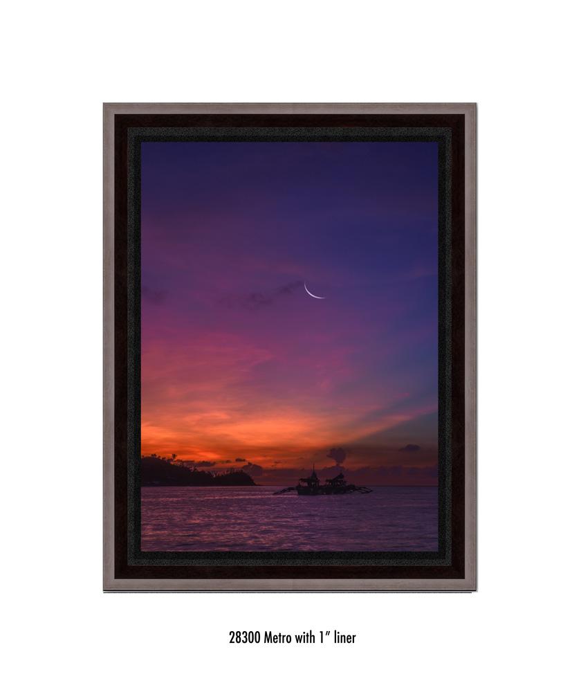Crescent-Moon-tale-28300-1-blk.jpg