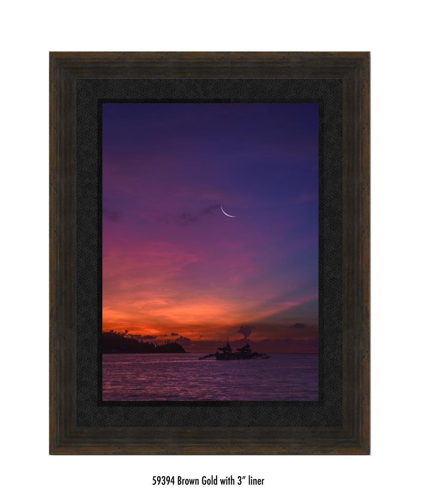 Crescent-Moon-tale-59394-3-blk.jpg