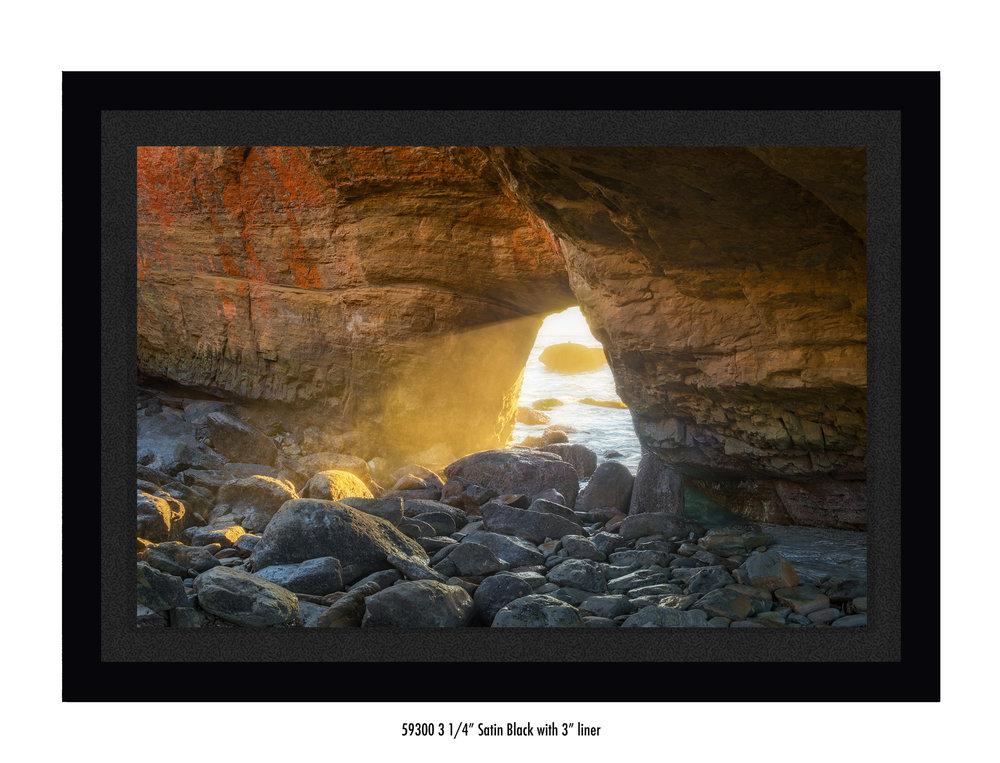 Last-Light-59300-3-blk.jpg