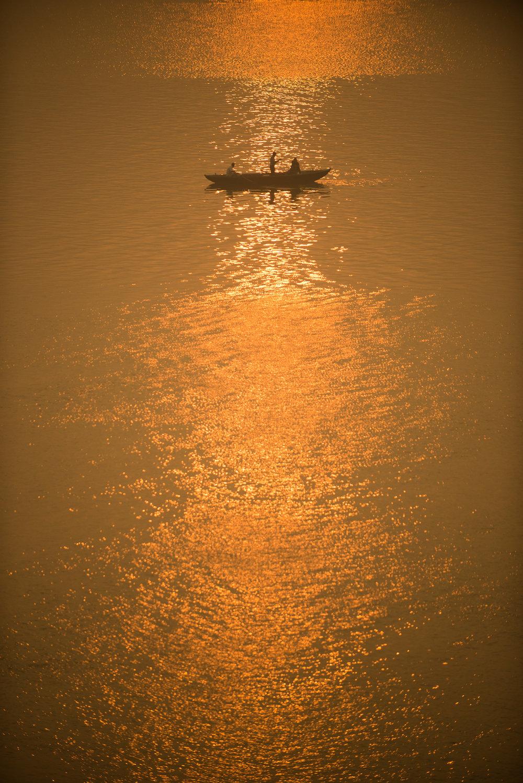 meyer-india-varanasi-44.jpg