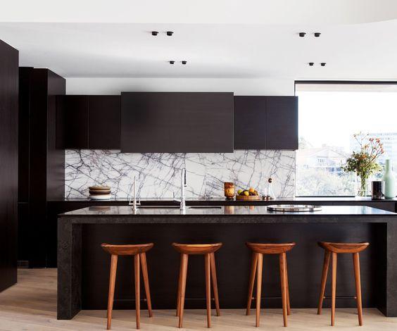 Kylie Monteleone_Spacedresser_New York Marble_KItchen Splashback with black cabinets.jpg