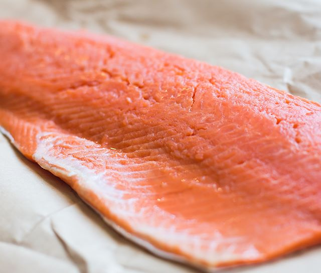 Don't forget to come stock up on fresh sockeye salmon and jumbo sea scallops this weekend since we won't be at the market the 21st. We will be back to the market on the 28th. Email us with any order requests between now and then! 🐟 🍽 🐟 🍽 🐟 #wichitafalls #seatotable #shoplocal #supportsmallbusiness #freshseafood #boattofork #freshsockeyesalmon #alaskansalmon #bristolbaysockeye #freshscallops #giantscallops #wildcaught #sustainableseafood #premiumseafood #northtexas #wichitafallsfarmersmarket #redriversalmonrunners