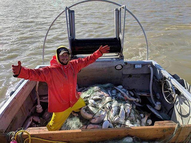 The fishermen have returned! Come out and give them a warm welcome home tomorrow and get your haul of fresh Sockeye! 🐟 🍽 🐟 🍽 🐟 #wichitafalls #alaskanfishermen #seatotable #shoplocal #supportsmallbusiness #freshseafood #boattofork #freshsockeyesalmon #alaskansalmon #bristolbaysockeye #wildcaught #sustainableseafood #premiumseafood #northtexas #texoma #wichitafallsfarmersmarket #redriversalmonrunners