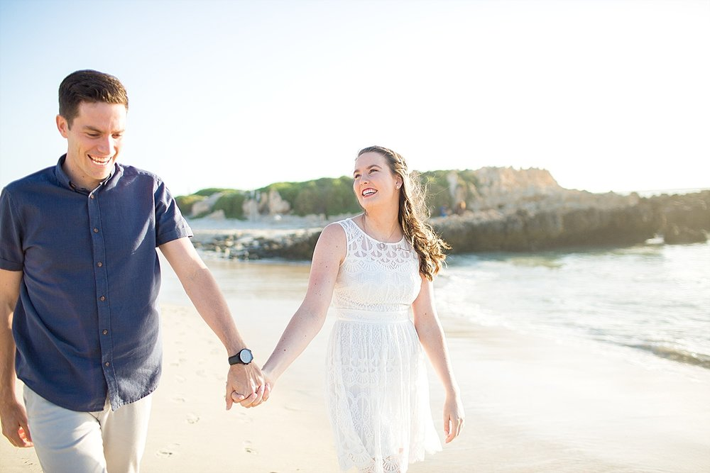 Trigg_Beach_Engagement_0001.jpg
