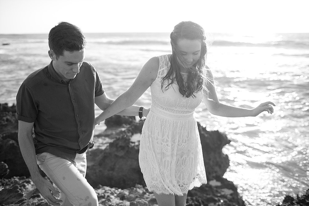 Trigg_Beach_Engagement_0013.jpg