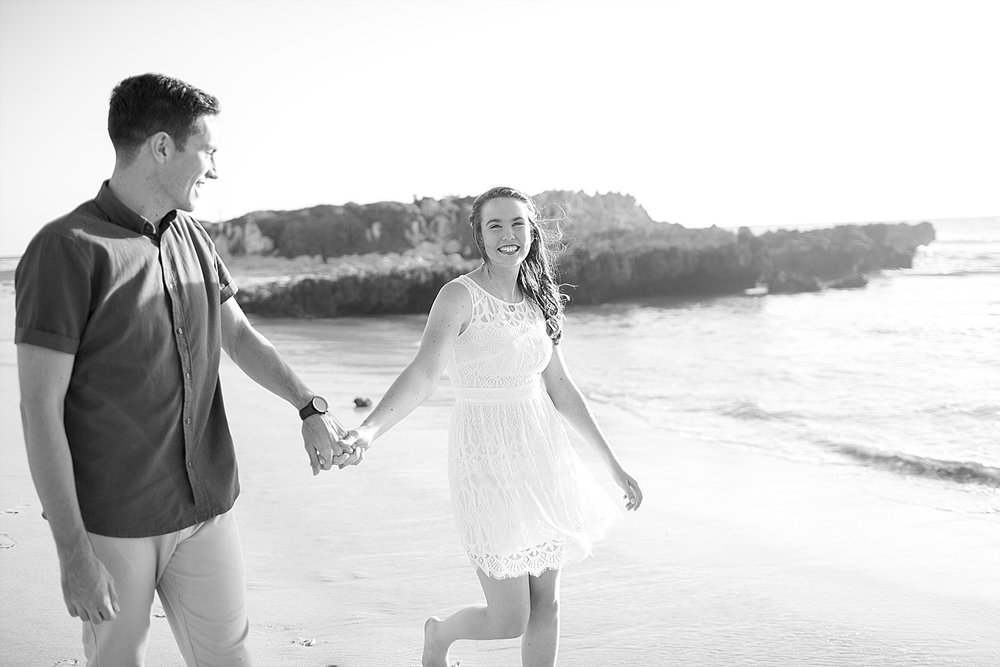 Trigg_Beach_Engagement_0003.jpg