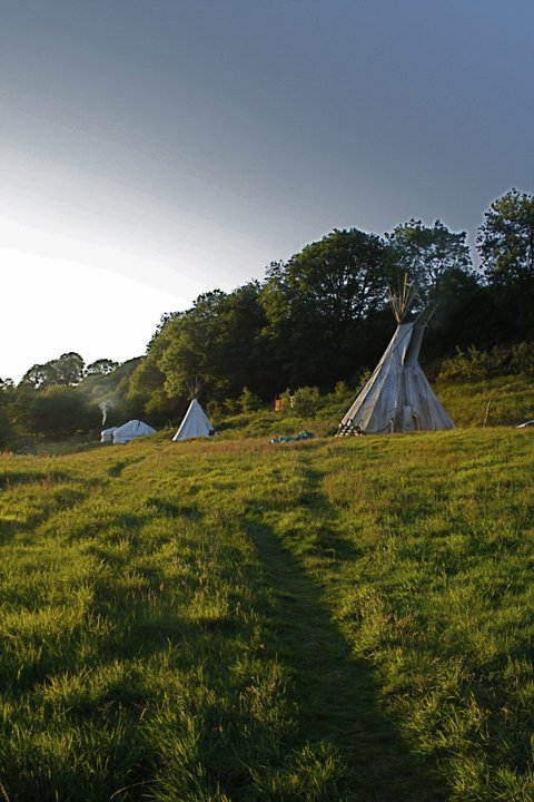 eco-community-tipi-valley-wales-united-kingdom-04-stemajourneys.com.jpg