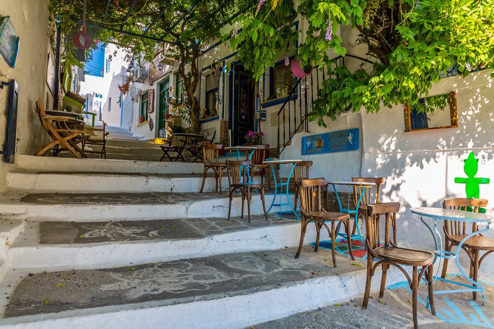 tavern-cafe-lagkada-amorgos-greece-stemajourneys.com.jpg